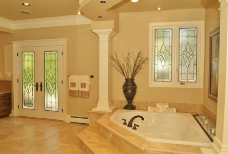 castle-rock-bathroom-stained-glass